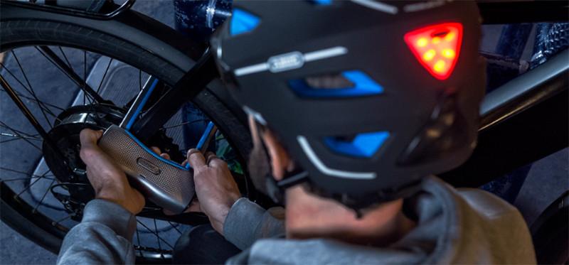 Vélo électrique - Les équipements de rigueur et les interdits