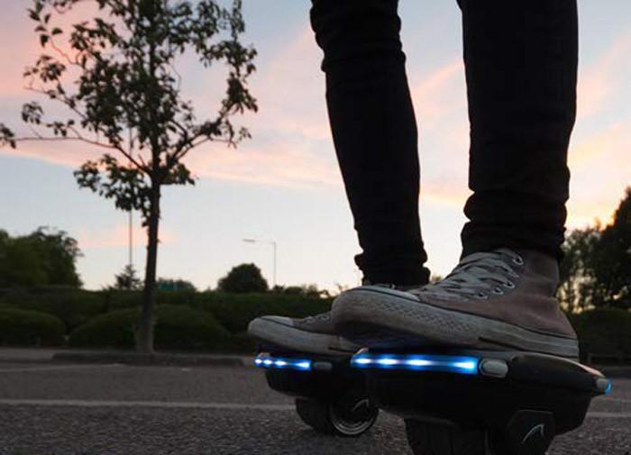 Bluefin Paire de Hovershoes - Électrique Auto-équilibrant Patin à roulettes Scooter Indépendant