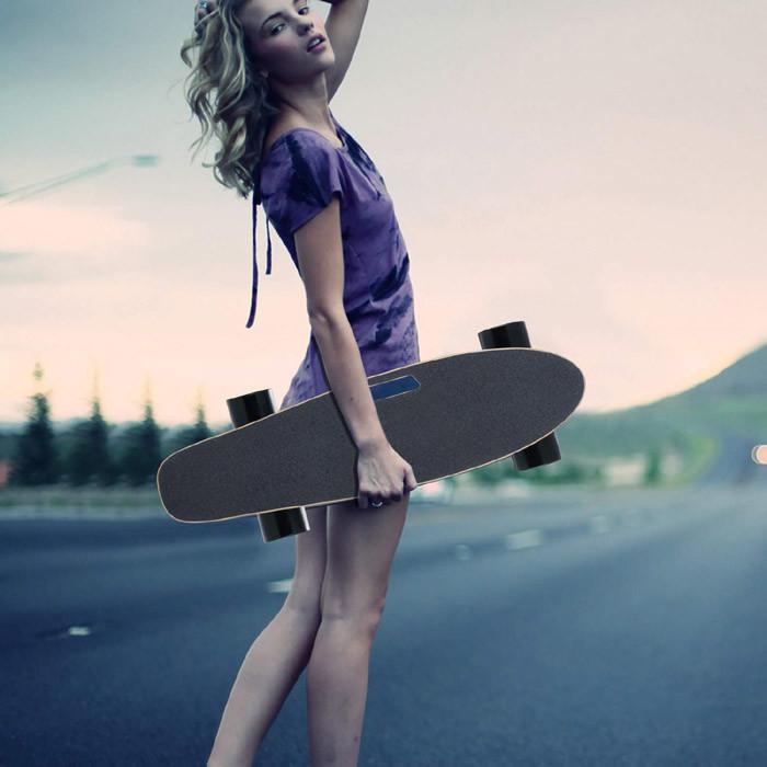 Test et Avis Hiriyt Skateboard Électrique Longboard Planche à roulettes