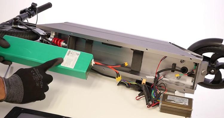 Type de batterie disponible pour une trottinette électrique pour adulte