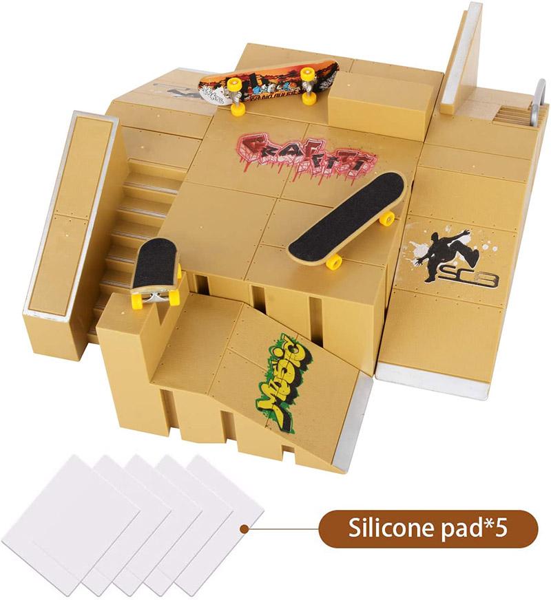 Kids Hobby Mini Finger Skateboard Ramp Park Kit