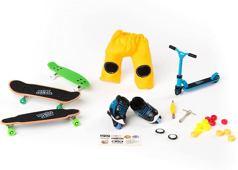 Test et avis - Grip & Tricks - Coffret 5 produits - Finger Scooter - Mini Trottinette - Finger Mini Skates - Roller BMX - Dimensions 25 X 20,5 X 5 cm