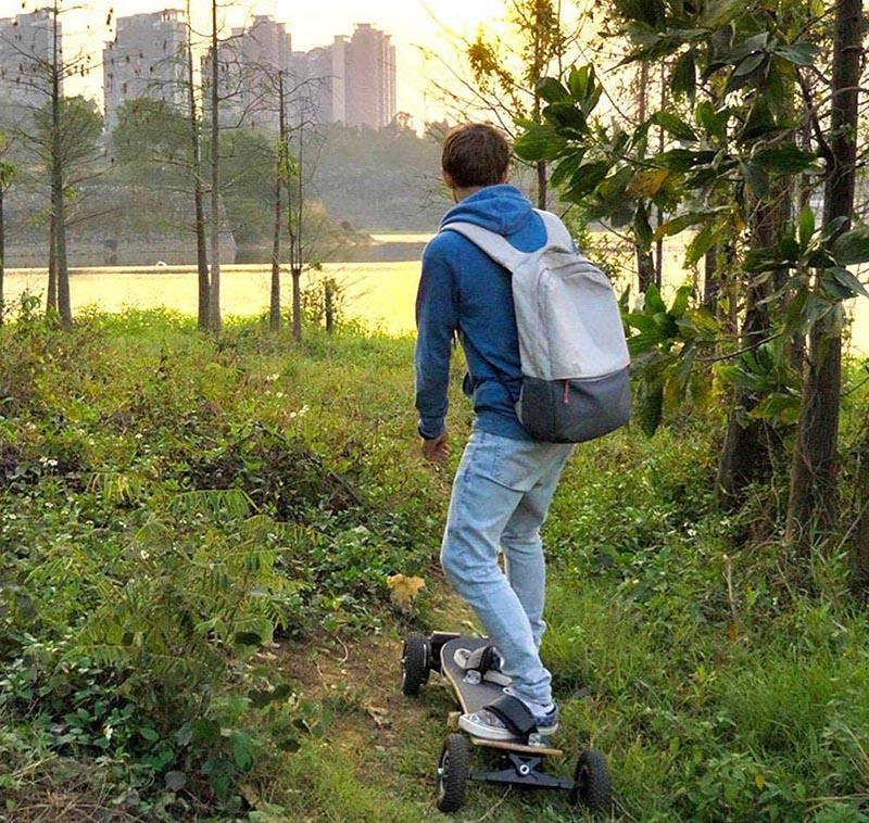 Skate électrique tout terrain XLY Planche à roulettes Tout Terrain